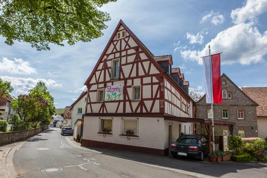 Willkommen-im-bunten-Stammheim-4