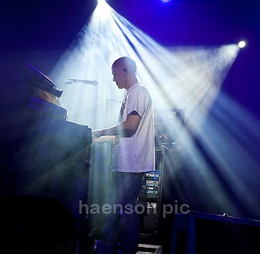 Marillion--organist