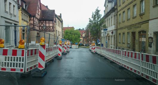 Nur-noch-in-eine-Richtung..Luitpoldstraße-Kitzingen