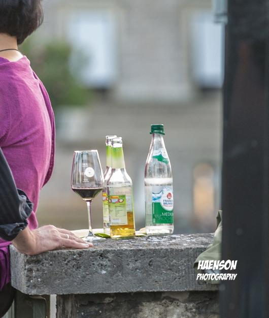 Weinglas-beim-Stadtschoppen