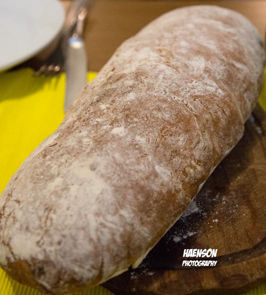 selbstgebackenes-Brot