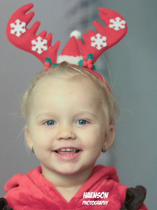 Maja-freut-sich-auf-den-Nikolaus